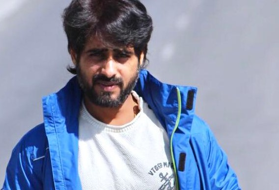 """Actor Rajveer Singh heads his way from """"Kashi to Kashmir"""""""