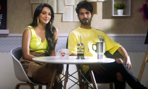 Shahid Kapoor and Kiara Advani turn RJ for a day with 104.8 ISHQ